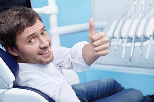 οδοντιατροι λαρισα,ανοιχτα,μενουμε σπιτι