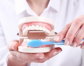 προληπτική οδοντιατρική ,Λαρισα